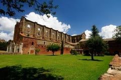 Abadía vieja inTuscany Imagenes de archivo