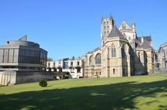 Abadía y escuela ascendentes Foto de archivo libre de regalías