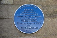 Abades cárcel y reyes Lodging Plaque en Peterborough fotos de archivo