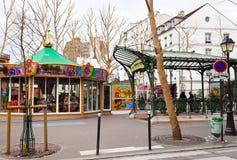 Abadesas - estación en el metro de París en Montmartre Fotos de archivo libres de regalías