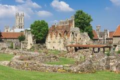 Abadia de St.Augustines com catedral de Canterbury Foto de Stock