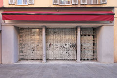 Abadoned-Geschäft Stockfotos