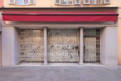 Abadoned sklep Zdjęcia Stock