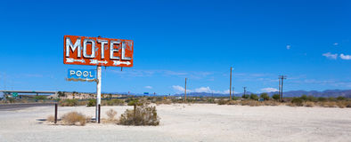 Free Abadoned, Vintage Motel Sign On Route 66 Royalty Free Stock Images - 69419909