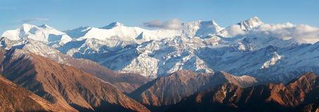 Abaissez Dolpo et Dhaulagiri himal Image stock