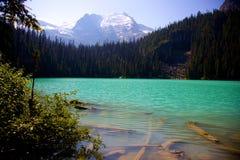 Abaissez Joffre Lake dedans AVANT JÉSUS CHRIST, Canada Photos stock