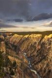 Abaissez l'automne et la rivière vus de l'artiste Point, Grand Canyon à Y Image libre de droits