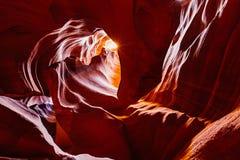 Abaissez la gorge d'antilope Roches de grès de page, Arizona Etats-Unis Photo libre de droits