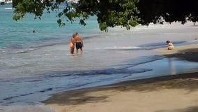 Abaissez la plage de baie le dimanche Photographie stock libre de droits