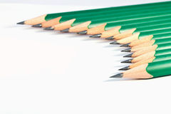Abaissez la vue des crayons verts Photo libre de droits