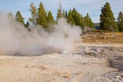 Abaissez le bassin de geyser Photographie stock