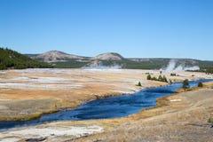 Abaissez le bassin de geyser Image libre de droits