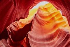 Abaissez le canyon d'antilope dans la réservation de Navajo près de la page, Arizona Etats-Unis Photo stock