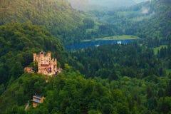 Abaissez le château de Schwangau Image stock