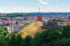 Abaissez le château et dominez Vilnius de la Lithuanie Photos stock
