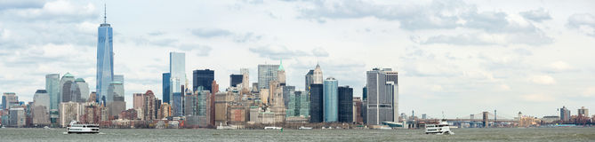 Abaissez le panorama de Manhatta NYC Photos stock