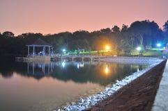 Abaissez le réservoir de Peirce par nuit Photographie stock