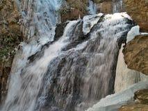 Abaissez les automnes au parc d'état accrochant de roche Images libres de droits