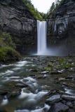 Abaissez les automnes - cascade - parc d'état de Taughannock - Ithaca, nouveau YorkTaughannock Images stock