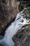 Abaissez les automnes de Grand Canyon du parc national de Yellowstone Image libre de droits