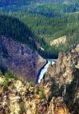 Abaissez les automnes de Yellowstone Photo stock