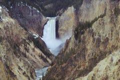 Abaissez les automnes Grand Canyon du parc de Yellowstone Images libres de droits