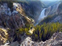 Abaissez les automnes la rivière Yellowstone, Wyoming, Etats-Unis Images libres de droits