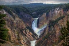Abaissez les chutes chez Yellowstone Image libre de droits