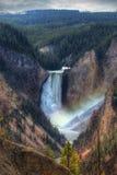 Abaissez les chutes chez Yellowstone Photo libre de droits