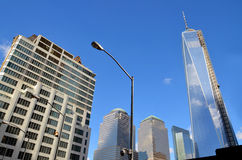 Abaissez mahattan et un World Trade Center Images stock