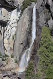 Abaissez Yosemite Falls la Californie Photos stock