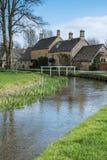 ABAIXE A CHACINA, GLOUCESTERSHIRE/UK - 24 DE MARÇO: Vista cênico de Fotos de Stock Royalty Free