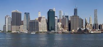 Abaixe manhattan do East River - a New York fotos de stock