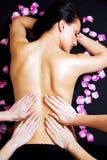 Abaixe para trás a massagem Fotografia de Stock Royalty Free