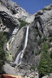 Abaixe Yosemite Falls - noite imagens de stock