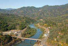Abaixo da represa de Shasta Foto de Stock Royalty Free
