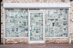 Abajo cerrada tienda Foto de archivo