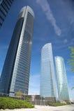 Abajo de tres rascacielos Imagen de archivo libre de regalías