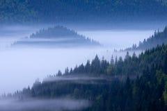 Abajo en las montañas Fotografía de archivo libre de regalías