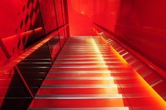 Abajo escalera al mundo rojo Imagen de archivo