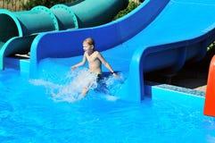 Abajo a la piscina Foto de archivo