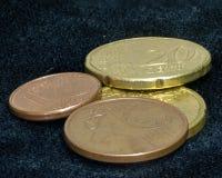 Abajo a los centavos euro pasados Fotos de archivo libres de regalías