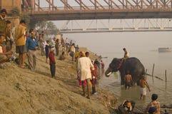 Abajo por el río Foto de archivo