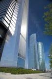 Abajo primer rascacielos Fotos de archivo