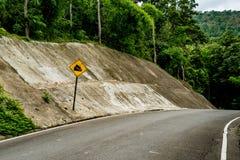 Abajo señal de tráfico de la colina Fotos de archivo