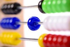 Abakus als Hilfe für Berechnung Lizenzfreies Stockbild