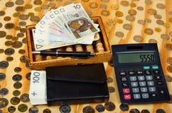 Abakus und Politurgeld Lizenzfreie Stockbilder