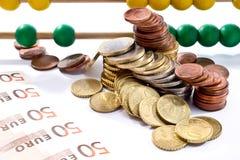 Abakusperlen mit Euro, Stockbild