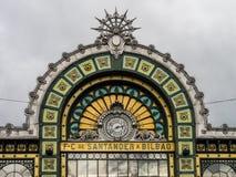 Abando Indalecio Prieto Railway Station i Bilbao, Spanien royaltyfri fotografi