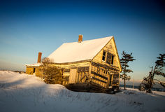 Abandon home in winter Royalty Free Stock Images